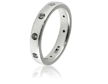 Moesmycken.se - Handgjorda ringar, halsband och örhängen - Ring River