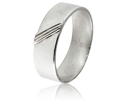 Moesmycken.se - Handgjorda ringar, halsband och örhängen - Ring Diagonal