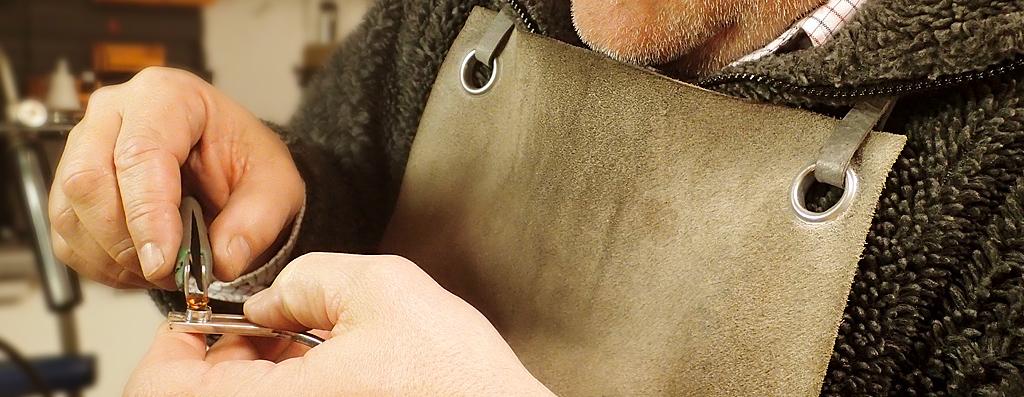Moesmycken.se - Handgjorda ringar, halsband och örhängen - Smider