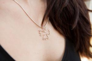 Moesmycken.se - Handgjorda ringar, halsband och örhängen - Halsbandet Ängel