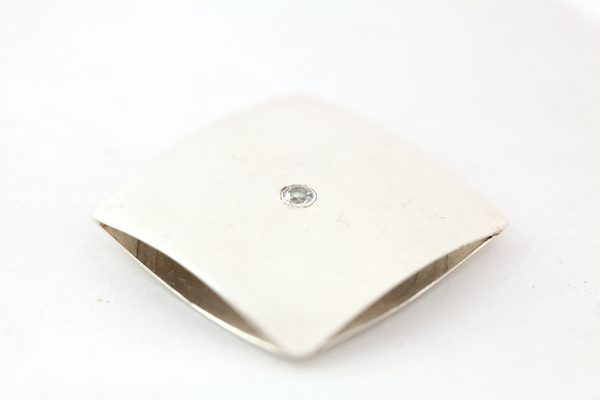 Moesmycken.se - Handgjorda ringar, halsband och örhängen - Kudde med sten