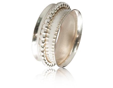 Moesmycken.se - Handgjorda ringar, halsband och örhängen - Ring Spinner